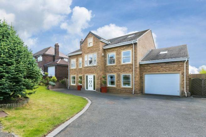 6 bedroom detached house for sale in linden grove