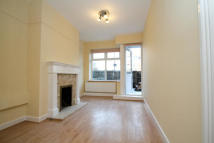 Studio apartment in Thelbridge House, Bow