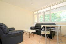 Flat in Broadford House, Mile End