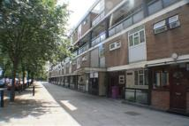 3 bedroom Flat in Stepney Green...
