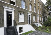 1 bedroom Flat to rent in Campbell Road, Bow