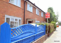 Terraced house to rent in St Leonards street...