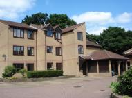 2 bed Flat in Mapleleaf Court WALTHAM...