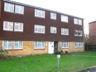 Flat to rent in Curlew Court, The Croft...