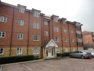 2 bed Flat in YUKON ROAD...