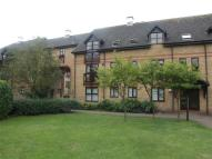 2 bed Flat to rent in LAWRENCE MOORINGS...