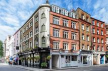 Flat for sale in Bedfordbury...