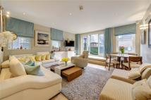 Apartment in Northumberland Avenue...