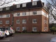 3 bedroom Flat in Sudbury Hill, HARROW...