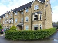 Flat to rent in Redwald Drive, Guiseley