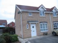 3 bedroom semi detached house in Darwin Drive...