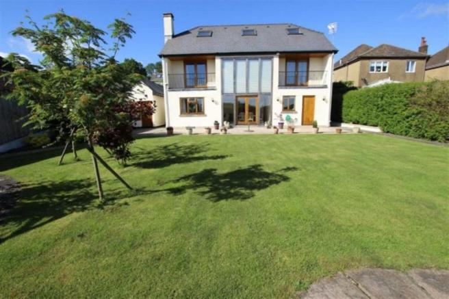 5 Bedroom Detached House For Sale In High Cross Road High