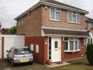3 bed Link Detached House in Macdonald Close...