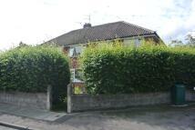 semi detached house in Ridge Way Drive