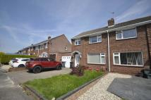 4 bed semi detached property to rent in Lavington Drive...