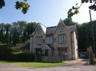 6 bedroom Detached home for sale in High Street, Stonehouse...