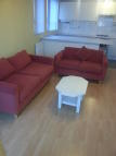 2 bed Flat to rent in Redbridge Lane East...