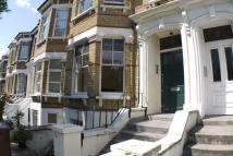 Ground Flat to rent in Thistlewaite Road...