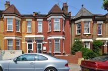 Ground Flat to rent in Cotesbach Road, London...