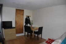 HIGH ROAD LEYTON Studio flat to rent