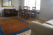 Flat to rent in HARRINGTON ROAD, London...