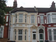 Flat to rent in Cromer Road, London, E10