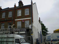 Flat to rent in HIGH ROAD LEYTON, London...
