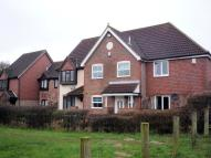 Town House to rent in Pendlesham Rise...