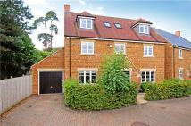 6 bed Detached house for sale in Long Wall Close...
