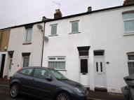 2 bedroom Terraced house in Mayfield Road, Gosport...