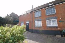 2 bed End of Terrace home in Manor Way...