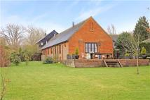 Detached home in Barton Hartshorn...