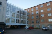 Flat to rent in Checkland Road...