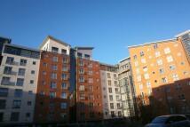 Flat to rent in Burgess Street...