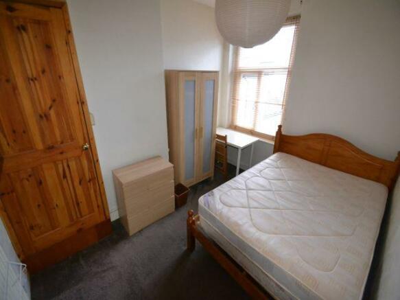 1st Mid bedroom