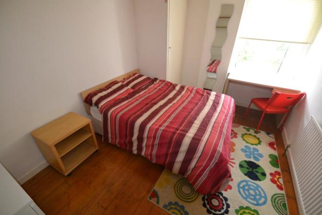 First Floor Rear Bed