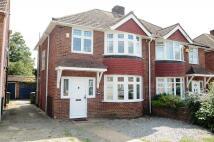 3 bedroom house in Gaston Way, Shepperton