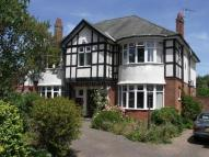 6 bedroom Detached house in Sandbourne Road...