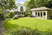 4 bed Detached property for sale in WATLINGTON, Oxfordshire