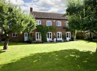 WATLINGTON Detached property to rent