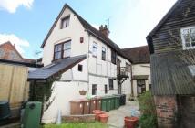 Flat to rent in High Street, Watlington