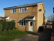 2 bedroom semi detached house in Farnham Close, Woodham...