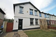 Terraced house to rent in Broadbent Avenue...