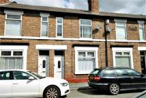 Terraced home to rent in Orchard Street...