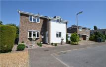 Link Detached House in Cross Lane Close, Orwell...