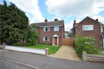3 bed semi detached property in Leeway Avenue, Cambridge
