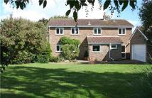 5 bed property to rent in Rayners Close, FOWLMERE