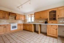 3 bedroom Chalet to rent in Anvil Close, Stapleford