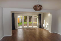 3 bed property to rent in Old Forge Way, Sawston
