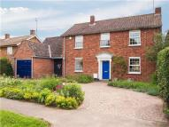 4 bedroom Detached house in Thornton Road, Girton...